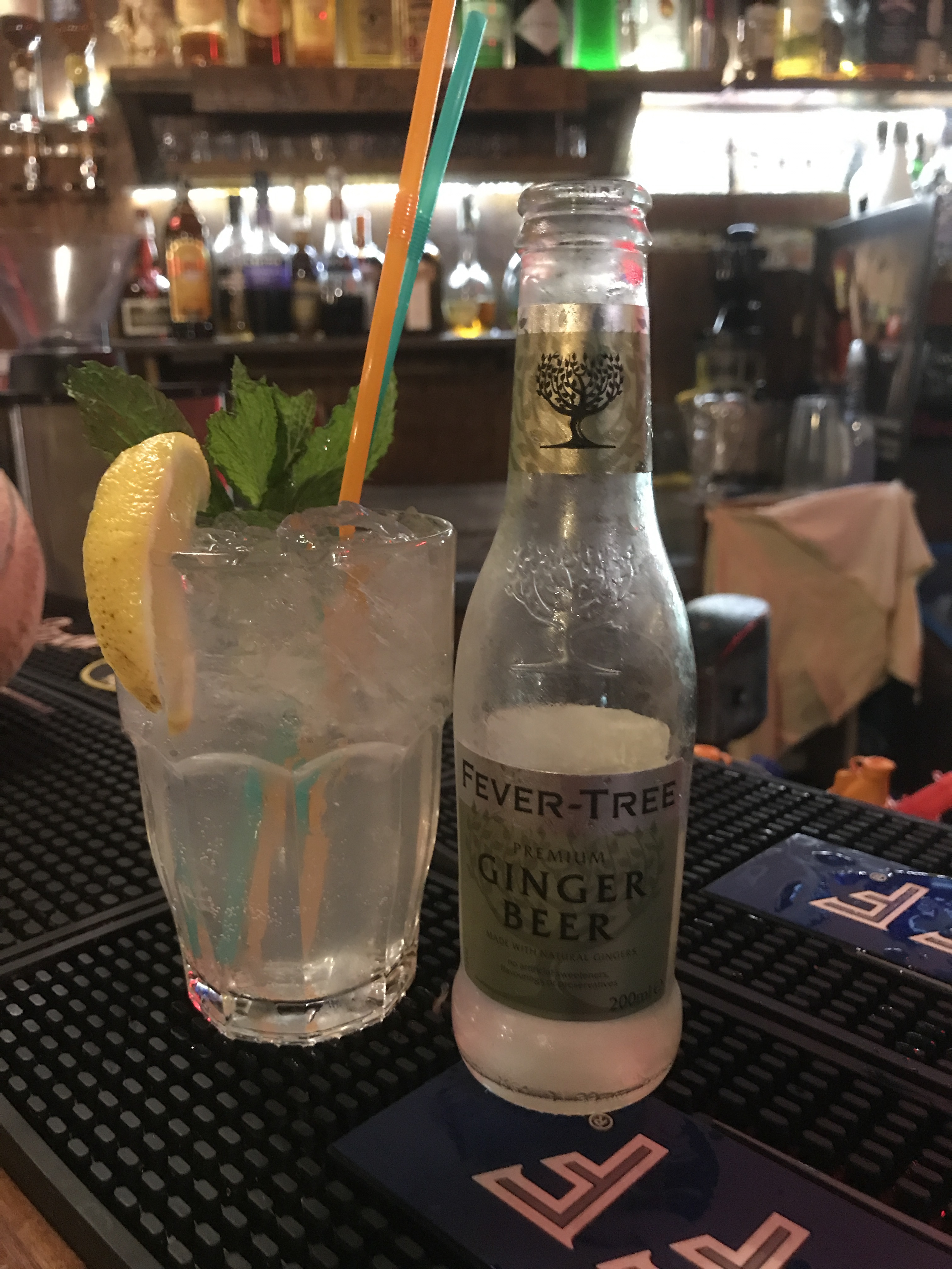 cocktail con ginger beer